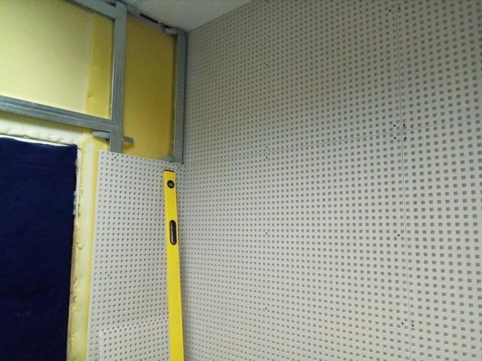 Акустика помещения радиостанции